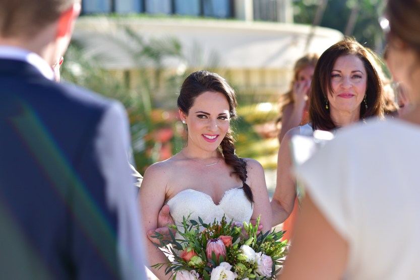 Lauren-and-Shawn-at-Garza-Blanca-Resort-Puerto-Vallarta-Mexico37