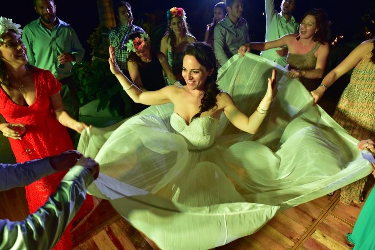 Lauren-and-Shawn-at-Garza-Blanca-Resort-Puerto-Vallarta-Mexico95