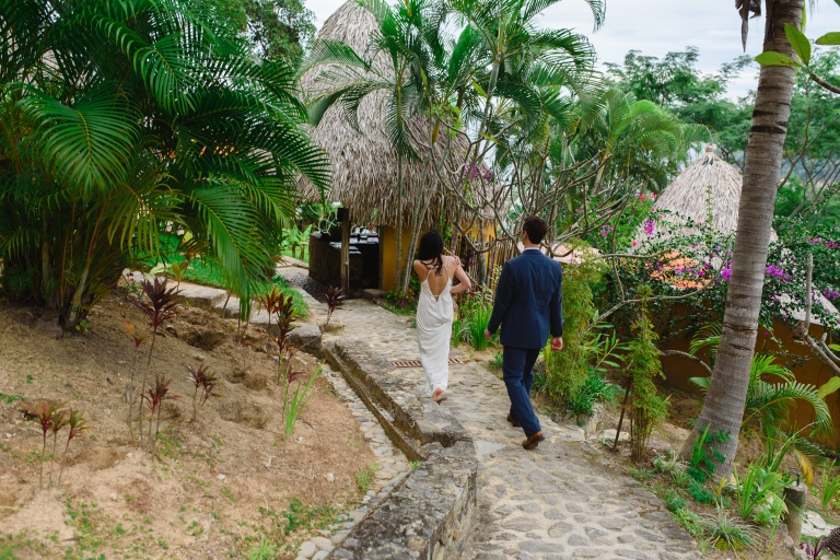 Yvette-and-James-at-Verana-Resort-Yelapa-Mexico34