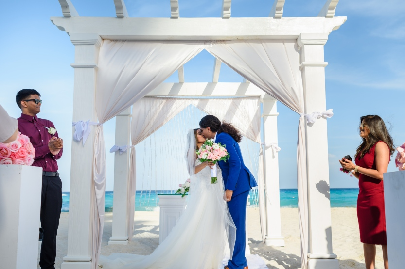 Natasha & Brandon at Secrets The Vine Resort, Cancún México43
