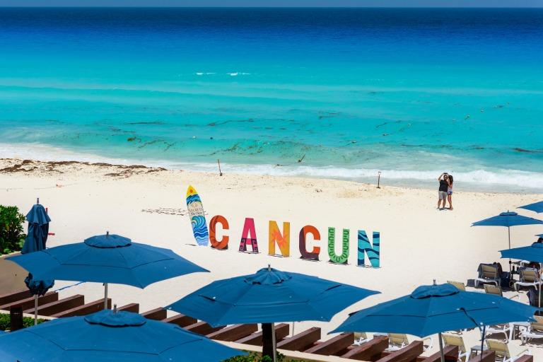 Natasha & Brandon at Secrets The Vine Resort, Cancún México6