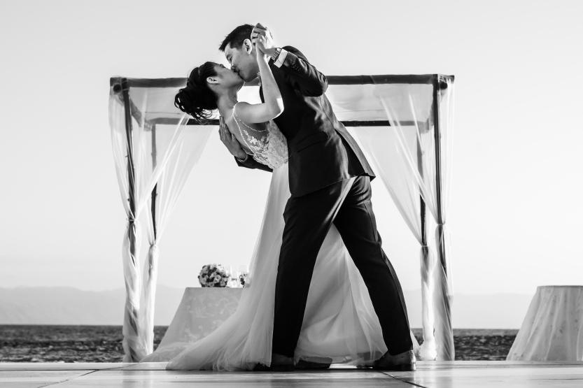 Puerto-Vallarta-Wedding-Photographer-planner39