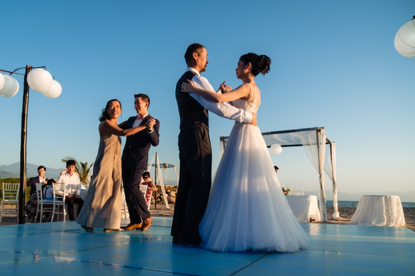 Puerto-Vallarta-Wedding-Photographer-planner41