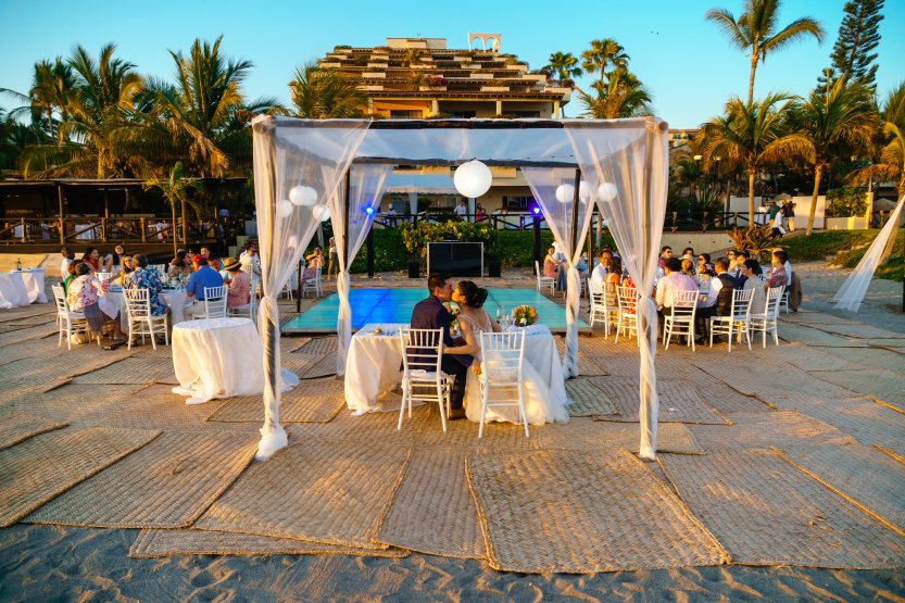 Puerto-Vallarta-Wedding-Photographer-planner43